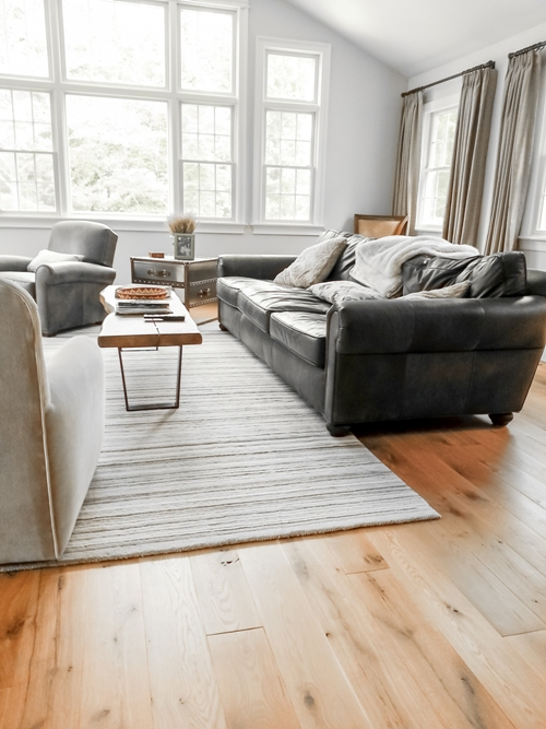White Oak Living Room with Rug