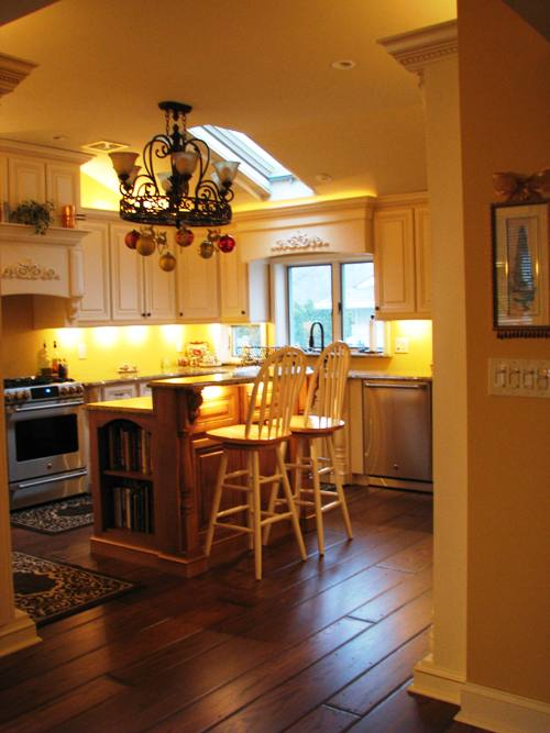 Wide Planks in Kitchen with Polyurethane Finish